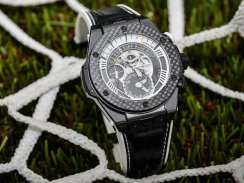 Hublot Big Bang Unico Bi-Retrograde Juventus Black Ceramic Case Carbon Fiber Bezel Skeleton Copy Watch