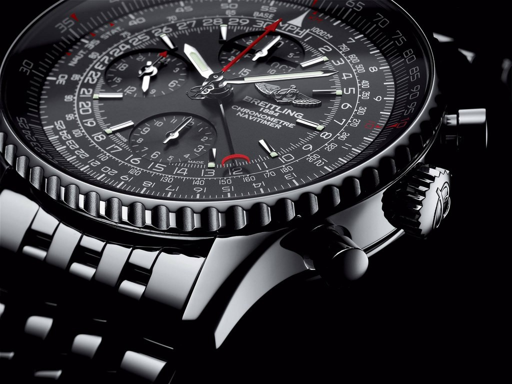 Up Close With The Typical Replica Breitling Navitimer 1884 Watches
