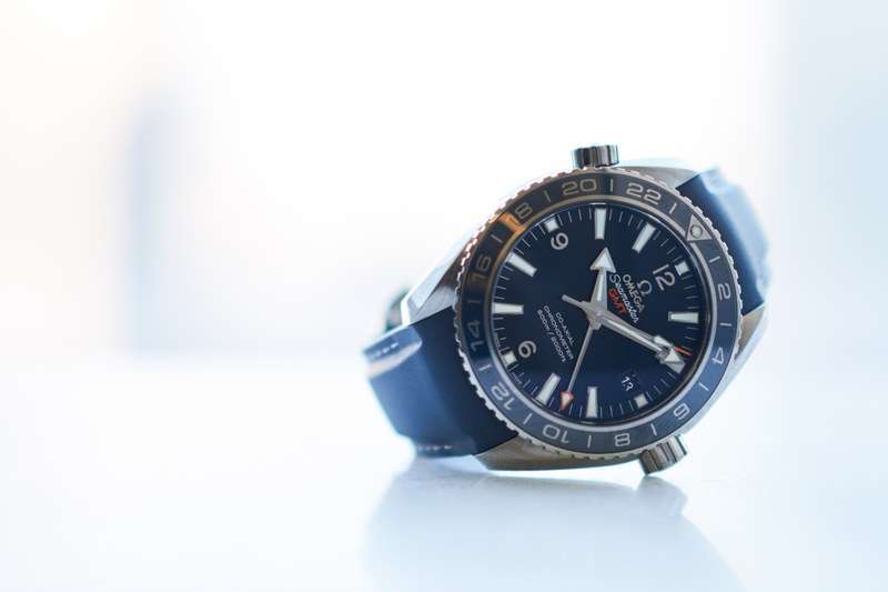 You Will Love This Very Cool And Sporty Omega Seamaster Planet Ocean GMT Replica Watch
