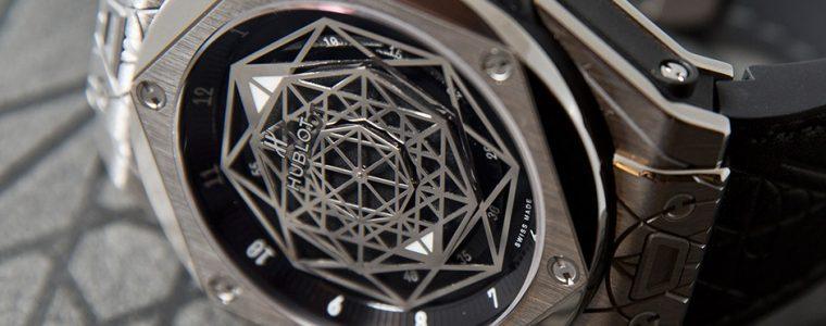 Swiss Made Hublot Big Bang Sang Bleu Replica Watch For Sale